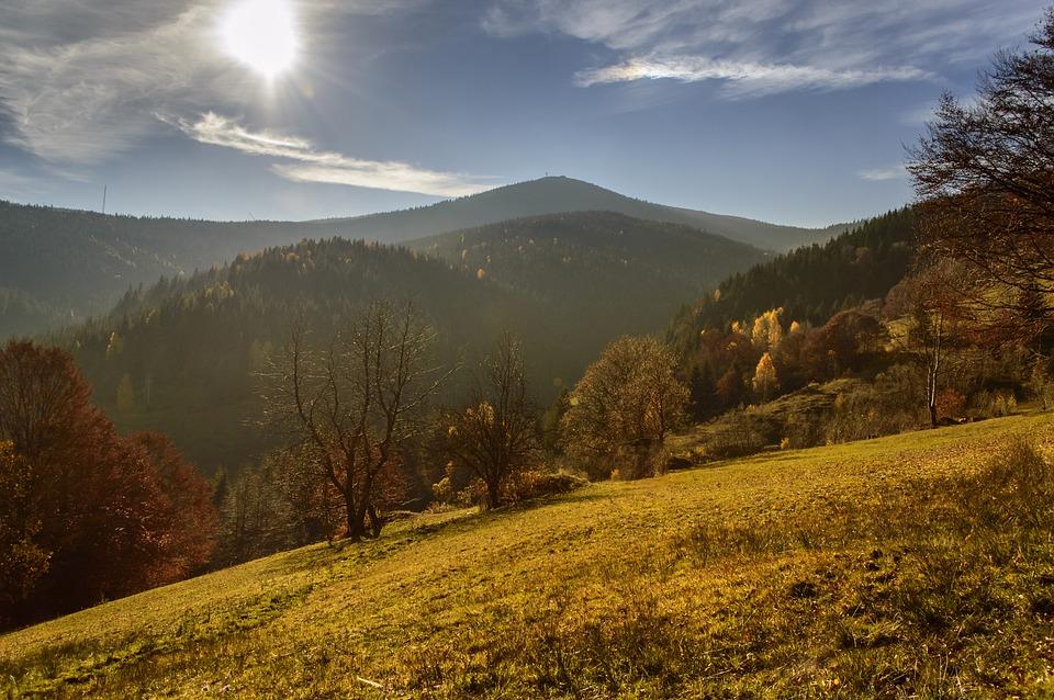 tabara apuseni cascada chisetoarea Tabără în munții Apuseni