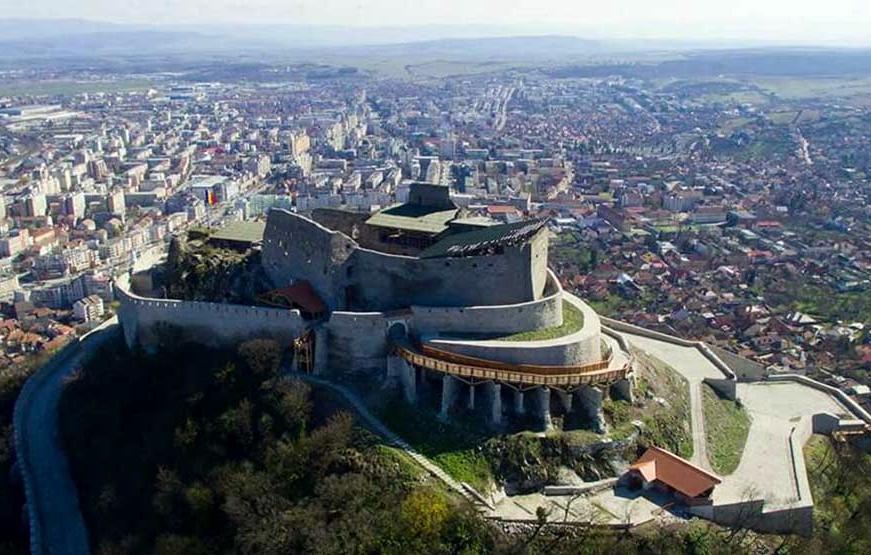 Excursie la Castelul-Savarsin