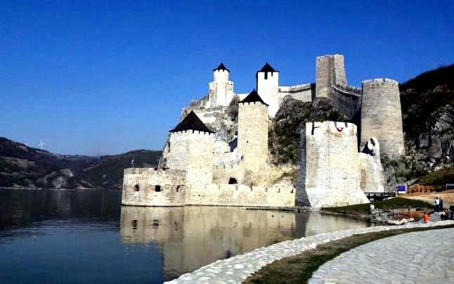 Excursie pe Clisura Dunarii